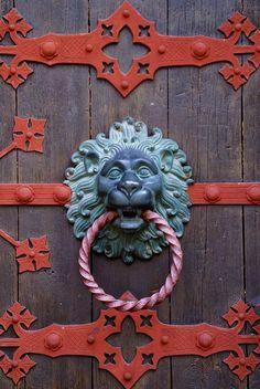 knocker keyhol, germani door, door knob, door knockers, valentinus church, door hardwar, churches, front doors, germany
