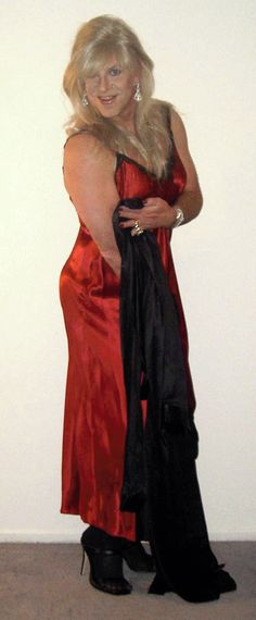 Jen Merrill male artist wearing Red Nightgown