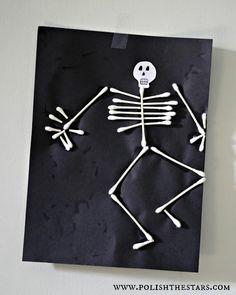 Halloween craft @Stephanie Close Close Close Close  Q tip cotton swab skeleton man. Awesome kindergarten, first grade, young kid, craft