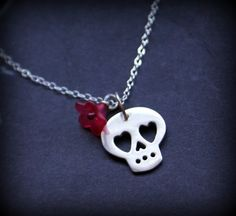 little silver skull necklace