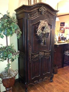 I love black shabby chic! |Pinned from PinTo for iPad| shabbi chic, black shabbi, shabbi shabbi, shabbi black