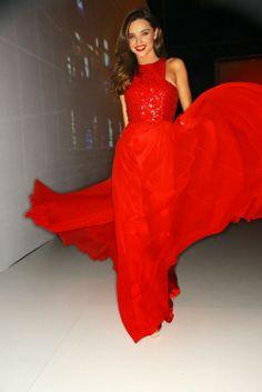 Miranda Kerr in a sensationnal red Chanel dress