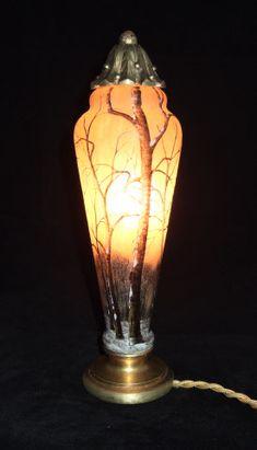 """Daum Glass lamp. """"Daum Nancy"""""""