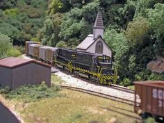 Very nice detail on this N-scale layout!!