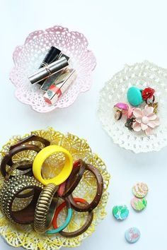 DIY Room Decor: Lace Doily Bowls APARTMENT THERAPY TUTORIALS | Apartment Therapy