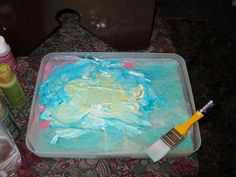 Acrylic Painting and Craft Tip - Make your own Moisture Retaining Palette and save paint and money.