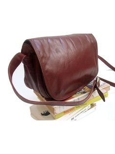 70s  shoulder bag red brown leather / crossbody by lesclodettes, $52.00