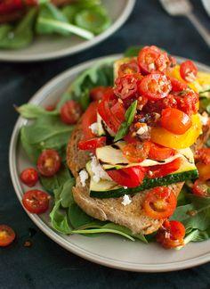 Stacked Tomato, Summ