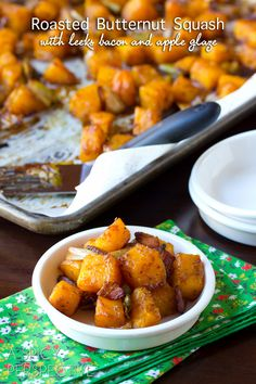 Roasted Butternut Squash with Leeks, Bacon and Apple Glaze --SO GOOD! #thanksgiving #holidays #recipe #butternutsquash