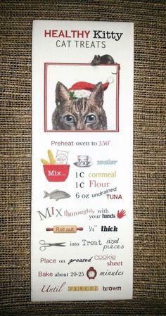 Peekaboo Santa Cat Treats 100% Cotton Flour Sack Towel   www.aloveofdogs.com