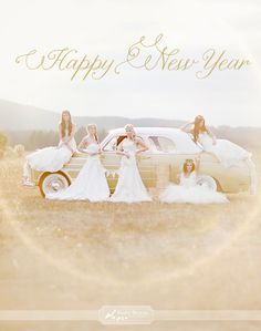 Amazing poses with vintage car. Great for bridesmaids and group of Girlfriends