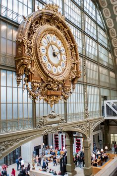 Housed under the soaring roof of one of Paris's grand old Beaux Art railway stations, the recently renovated galleries of the Musée d'Orsay contain the world's largest collection of Impressionist masterpieces. galleries, favorit place, paris, beaux art, musé dorsay, dorsay muse, musee dorsay, muse dorsay, franc