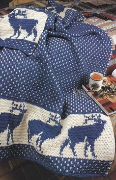 Christmas Afghan Crochet Pattern - Reindeer