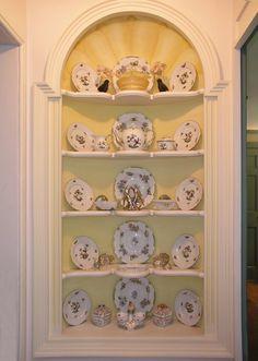 . wallnich, builtin cupboard, wall display, nich decor, decor idea