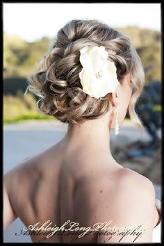 Beauty Bar in Fallbrook -  Great idea for wedding up do (Photo takes you to actual website for contact info)