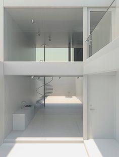 House W.   #architecture #architektur #clean #interiors #interior #minimal #white #eyeli