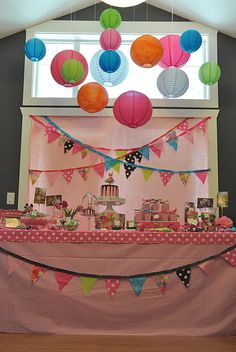 dessert tables, table settings, food tables, little girl parties, birthday parties, sweet tabl, first birthdays, giraffe party, pink parties
