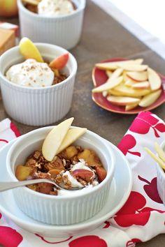 Healthy Apple-Date Crisp Recipe ~ A quick & easy brunch, breakfast, snack or dessert!