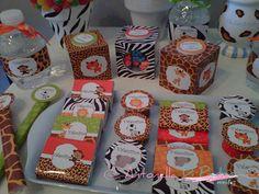 Detalles de una MEGA PARTY BOX para el festejo de VALENTINO con una fiesta de animales de la Selva. Consultas a info@antonelladipietro.com.ar Animal print jungle party