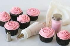 Great demonstration of how to ice cupcakes - and also some really good recipes for both cupcakes and the icing