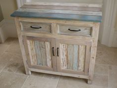 SHABBY-CHIC-STORAGE-