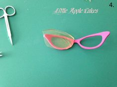Reading glasses with gelatin lenses tutorial - CakesDecor