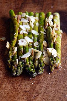 Spring Time Asparagus And $100 Gift Card Giveaway - dineanddish.net
