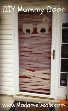 Welcome trick-or-treaters to your home with this cool Halloween Project: DIY Mummy Door #halloween