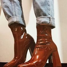 Uploaded by Aaaurélie S.. Find images and videos about fashion, shoes and boots on We Heart It - the app to get lost in what you love.