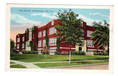 WI - WATERTOWN WISCONSIN Postcard HIGH SCHOOL