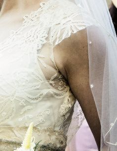 BBC Sherlock, Mary's wedding dress (details)
