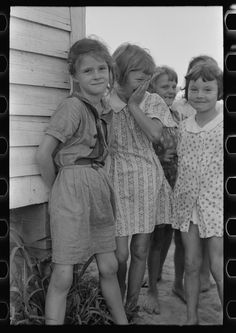 Daughter of farmers near La Forge Project, Missouri. Southeast Missouri Farms school. 1938 Aug.