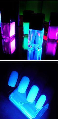 Glow in the dark polish / illamasqua