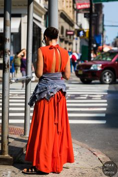 StreetStyle red dres