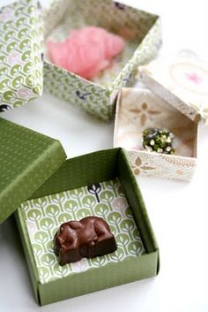 Pinecone Camp: Origami Paper Boxes