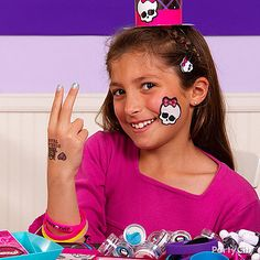 Get your monster on with Monster High dress up accessories!