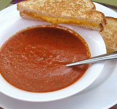 Rich Tomato Basil Soupe Copycat  {la Madeleine' Is My Favorite}