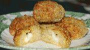 Mozzarella-filled quinoa balls