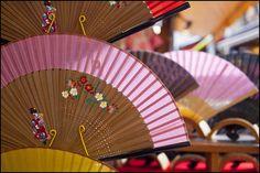 travelnippon: Japanese fans (sensu) by Eric Flexyourhead (Onoharahigashi, Mino-shi)