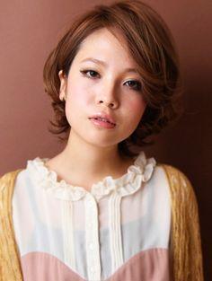 Trendy Short Japanese Hairstyle