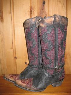Rivertrail Mercantile - Old Gringo Inese Boots, $630.00 (http://www.rivertrailmercantile.com/old-gringo-inese-boots/)