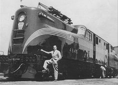 Pennsylvania Railroad #GG1 Electric Locomotive with designer #RaymondLoewy 1934  #locomotive #photo #monogram #train #railway #old #history #motor #engine #curves #black #USA