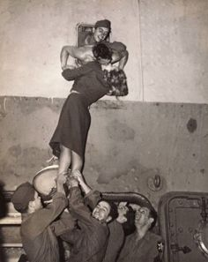 Wartime kiss goodbye from the Seattle Post-Intelligencer Collection, Museum of History & Industry.