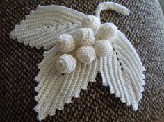 """#Irish_Crochet - """"These grape leaves are an outstanding example of Irish Crochet skill. Imagine this in color!"""" 4U for inspirations from #KnittingGuru (no pattern alas!)"""