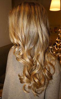 big curls, hair colors, long curls, golden toffe, blond curl