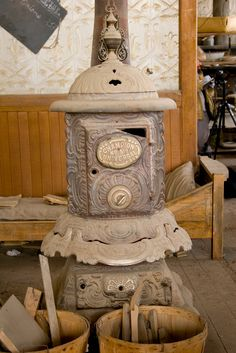 Old Heat Stoves On Pinterest Antique Stove Wood Burning