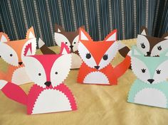 draw, place cards, cardstock fox, papers, thanksgiving table, kids, foxes, woodland creatur, fox place