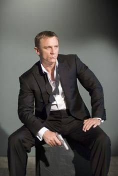 Daniel Craig.  He cleans up nice!