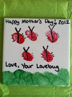 Ladybug tile made with thumbprints! Great for Mother's Day, Father's Day, a memento too.    #thumbprints #kidscrafts #kids #mothersday #fathersday