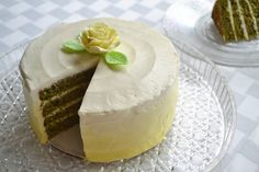 Green Tea Layer Cake with Lemon Honey Ombre Buttercream. #food #matcha #cake #desserts #spring #Easter #Mothers_Day